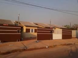 Casa 3 qtos na região perto do chapéu do sol perto da Mário andreazza. Sala cozinha terren
