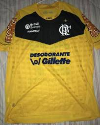 Camisa usada e autografada pelo Paulo Victor