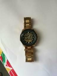 3fbd73a92c7 Vendo relógio automático