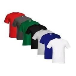Camisas lisas na quantidade