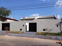 Casa 3 Quartos Suite + Aréa Gourmet Parque das Flores
