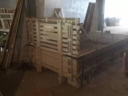 Carroceria em madeira caminhão Kia Bongo K2500