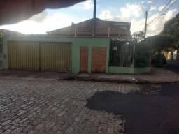 Casas de 4 dormitório(s) no Centro em Araraquara cod: 9418