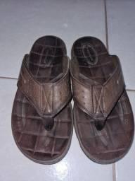 Vendo sandalia pegada