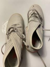Chuteira Adidas NOVA n. 35