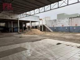Área para alugar, 950 m² - Centro - Macaé/RJ