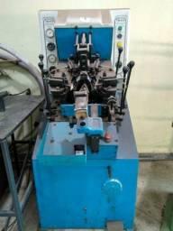 Maquina de montar bico TM-012 Toccheto