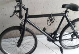 Bicicleta 21 marchas, aro 26 preta