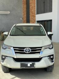 Toyota Hilux Sw4 2019 7 Lugares