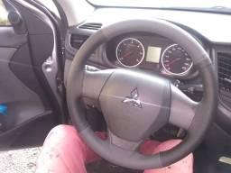 Revestimento de volante costurado e colado manualmente