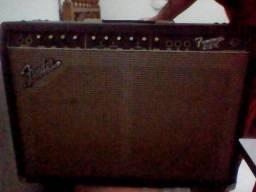 Amplificador Fender 212R