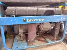 Gerador Blizzer de 5 cav vendo ou troco