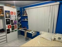 Alugo Uma Casa Semi-mobiliada