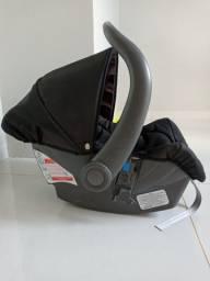 Bebê conforto cor preta 110,00
