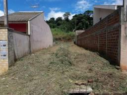 Meio terreno Mandaguaçu R$ 32.000