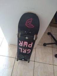 Skate semi novo