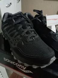 Tênis Saucony 43