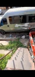 Vende escada de ferro