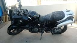 Sucata de moto para retirada de peças Suzuki DL 1000 V-Strom 2007