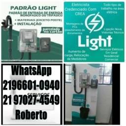 Título do anúncio: Eletrotécnico Padrão Light Eletricista Instalação de Relógio + Poste de Aço Galvanizado