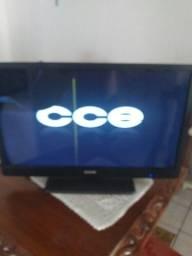 Tv CCe 32 Polegadas com defeito no display