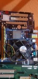 Kit 775 placa mãe processador +2gb ram