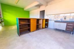 Título do anúncio: Apartamento com 2 dormitórios para alugar, 100 m² por R$ 1.200,00/mês - Tijuca - Teresópol