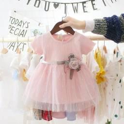 Vestido infantil estilo princesa