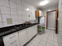 Apartamento 2 quartos bem divididos e com varanda