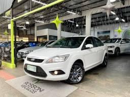 Título do anúncio: Ford Focus sedan 2.0 flex Automatico