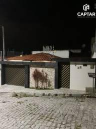 Título do anúncio: Casa à venda com 2 quartos e garagem ampla em Caruaru-PE.