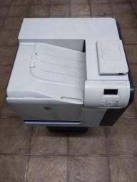 Impressoras HP LaserJet M551 Color HP LaserJet 4250 HP LaserJet 4015 HP LaserJet 3050