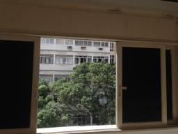 01 quarto Copacabana, reformado de frente