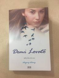 Livro Demi Lovato 365 Dias do Ano, Staying Strong