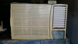 Ar Condicionado Springer Silentia 21000 BTUs