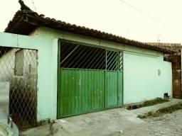 Casa locação na ZN com garagem e cftv