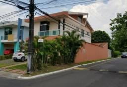 Linda Casa Duplex No Parque das Laranjeiras com 4 suítes