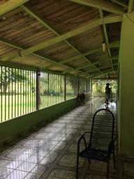 Excelente chácara, com 2 hectare, em frente ao parque Chico Mendes!