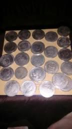 Vende:se moedas antigas de prata