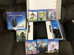 Playstation 4 - 2 Controles, 7 Jogos e Gold Wireless Headset Playstation