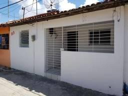 Lindas casas na Vila Mário Gouveia em Prazeres em frente ao viaduto novo