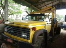 Serviços de caminhão munck
