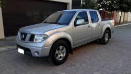 Carro Nissan Frontier - 2013