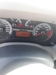 Doblo 1.8 8 lugares toda dogumenta troco em outro carro - 2013
