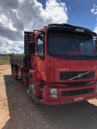 Caminhão VM 260 volvo