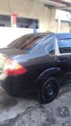 Vende-se Fiesta Sedan 1.0/2006/gas/completo