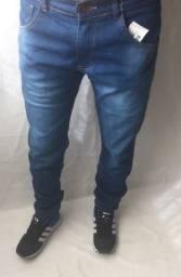 Calça jeans e calça Jogger masculina