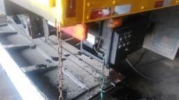Plataforma retratil e hidraulica