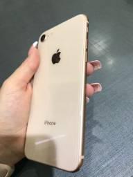 IPhone 8 Gold 256GB em Estado de Novo