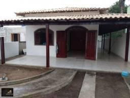 Excelente casa em Condomínio do lado do Atacadão Havan